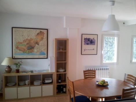 mueble con puertas en alquiler de chalet en Granada
