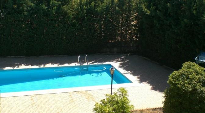 Vtar granada y sierra nevada barata for Casa rural para 15 personas con piscina